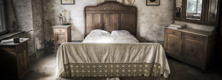 скърцащият креват